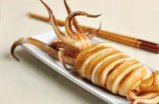 Món mực một nắng nướng xốt ăn rất ngon trong mùa đông