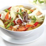 Món canh chua hải sản ngon tuyệt, dễ làm
