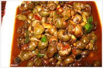 Món ốc xào tương ớt hấp dẫn ở Hạ Long