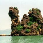 Nét đẹp tinh khôi của vịnh Bái Tử Long