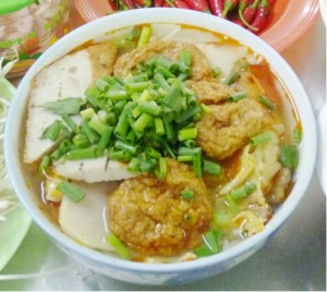 Bún chả mực món ngon đất Việt