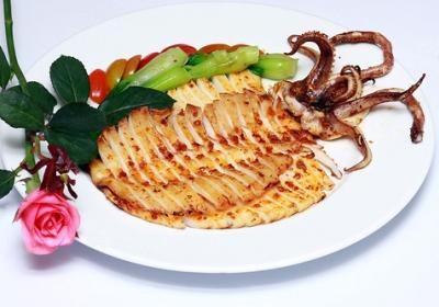 Mực nướng sa tế kiểu Hàn ngon hấp dẫn