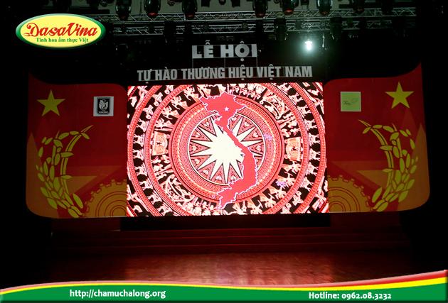 Lễ trao giải thương hiệu uy tín chất lượng Việt Nam 2015 diễn ra hết sức long trọng