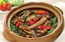 Cá kèo kho rau răm đậm đà cho bữa ăn thêm ngon hơn