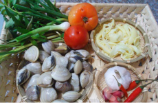 Nguyên liệu của món canh ngao nấu măng