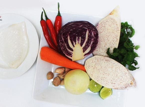 Nguyên liệu làm món gỏi bắp cải mực khô (ảnh minh họa)