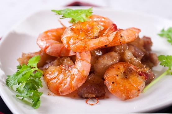 Tôm rim thịt chế biến đơn giản mà lại vô cùng ngon miệng