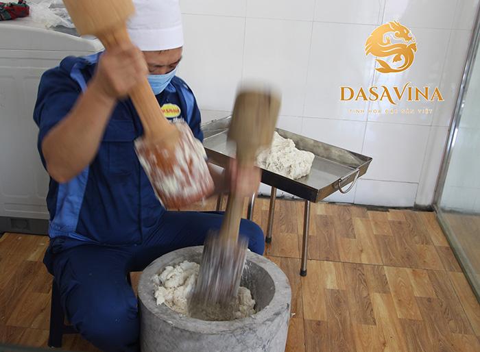 Dasavina nhận gia công, sản xuất chả mực cho quý đối tác là cửa hàng, siêu thị, công ty có nhu cầu tạo dựng thương hiệu chả mực cho riêng mình